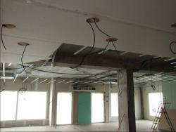 Plafonds suspendus Passage des Gaines, Ventilations..